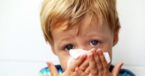 Понос при ОРВИ у ребенка: как правильно лечить
