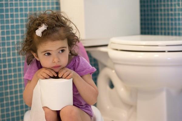 У ребенка 4 года жидкий стул желтого цвета с пеной