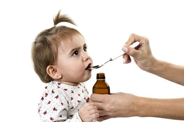 Ребенок пьет много воды и у него понос